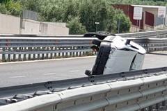 Grave incidente sulla SS170 Andria Barletta, si ribalta un'auto