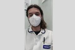 Davide, infermiere di Barletta guarito dal Covid: «I pazienti sono soli»