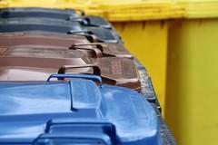 Centri raccolta rifiuti, tra politica e cittadini incalza la querelle