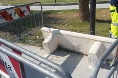 """Ripristinata la panchina divelta nel parco """"Pietro Mennea"""" di Barletta"""
