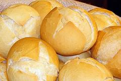 Fino a 640 euro di tasse per i venditori ambulanti di panini