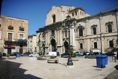 Discriminazioni per i braccianti, manifestazione davanti alle Prefetture di Bari e Barletta