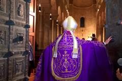 I funerali dell'arcivescovo Giovan Battista Pichierri in diretta