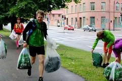 Plogging: quando lo sport, l'ambientalismo e il panorama si incontrano