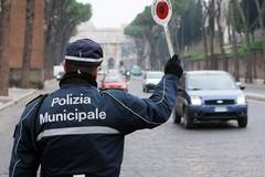 Vigile ferito al mercato di Barletta, le precisazioni di Montaruli