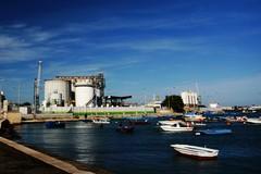 I silos del porto di Barletta diventeranno opere d'arte