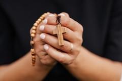 Riaperture anche per chiese e comunità parrocchiali, le disposizioni del vescovo