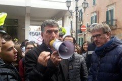 Gli alunni del Garrone protestano, il Sindaco: «Sono con voi e con tutti gli studenti di Barletta»