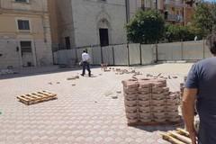 Recinzione ex ospedale, lavori al termine: Barletta avrà una piazza in più