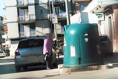 Ancora multe, i barlettani continuano a lasciare i rifiuti per strada