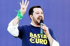 """Salvini """"non può entrare"""" nemmeno a Barletta"""