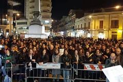 Sardine in Piazza Caduti, la replica degli organizzatori