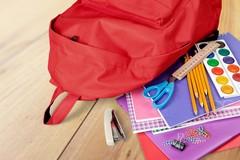 """""""Dona la spesa"""": raccolta di materiale scolastico per le famiglie in difficoltà"""