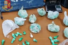 Spaccio, la Polizia di Barletta sequestra 161 dosi di cocaina