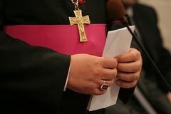 Addio al vescovo Pichierri, i funerali si svolgeranno venerdì pomeriggio