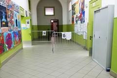 Seggi elettorali ai tempi del Covid, tra percorsi predefiniti e accessi contingentati