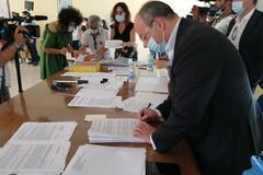 Stabilizzazioni Asl Bt: firmati i primi 74 contratti a tempo indeterminato