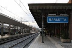 Ragazze importunate in stazione, «le istituzioni difendano i cittadini»
