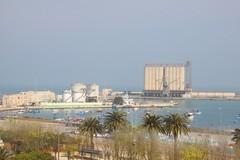 Dal castello a piazza Marina giace l'antico porto della Città marinara Barletta