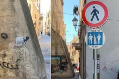 """""""Toilette"""" pubblica in via Sant'Andrea, l'arte di strada si fa denuncia"""