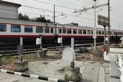 Tragedia in via Andria, ragazza investita dal treno perde la vita
