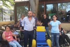 Consegnate all'Unitalsi di Barletta tre sedie Job