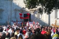 Venerdì Santo, niente microfoni né palco per il coro della Schola Cantorum