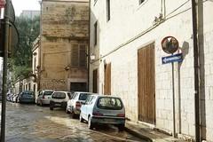 Torna finalmente lo specchio mancante in via Sant'Antonio