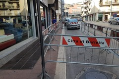Cadono calcinacci in via Monfalcone, tratto messo in sicurezza