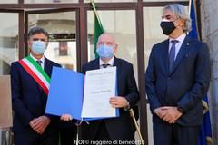 Onorificenza di Cavaliere al merito della Repubblica Italiana al prof. Giuseppe Lagrasta