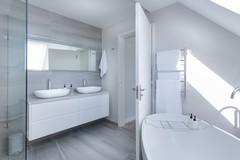 Ristrutturare il bagno: idee e costi