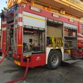 Incendio in via da Vinci a Barletta, fiamme in un box