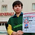 Greenpeace in piazza a Barletta: «Chiediamo a Generali di lottare contro i cambiamenti climatici»