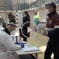 A Barletta si vaccina il personale scolastico, in 700 solo oggi. Il racconto e le testimonianze