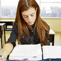 «Ragazze e alunni benestanti favoriti a scuola»