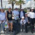 """I volontari di  """"La Via della Felicità """" ripuliscono la spiaggia di Barletta"""