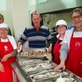 Oltre 400 kg di pesce donato ai bisognosi della Caritas Barletta