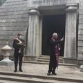 Una preghiera per i defunti di Barletta, il sindaco con la mascherina al cimitero