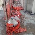 Cimitero di Barletta, buche pericolose ed erbacce
