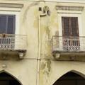 """Degrado a vista per lo storico  """"Palazzo Pretorio """" di Barletta"""