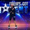 Il barlettano Antonio Delvecchio sfida Frank Matano e Federica Pellegrini