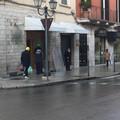 Furto in gioielleria in pieno centro a Barletta, rapinatori violano il coprifuoco