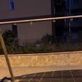 Distrutte le giostrine in via Ofanto, «i bambini vogliono giocare»
