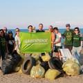 Con Greenpeace stop alla plastica sulla spiaggia di Barletta