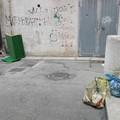 Via Pistergola, ci risiamo: i rifiuti sono ormai di casa