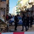 Spari in via Dicuonzo, muore un uomo in strada a Barletta