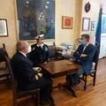 Ospedale da campo, il sindaco incontra il Comandante Pitarra e il Comandante in seconda Tasca