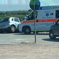 Incidente all'uscita Barletta Centro, auto in bilico sul ciglio della strada