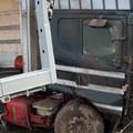 Camion carico di olive finisce fuori strada sulla Barletta - Canosa