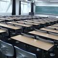 Coronavirus, lunedì chiuse le scuole superiori a Barletta